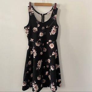 Ardene black floral dress with exposed zipper